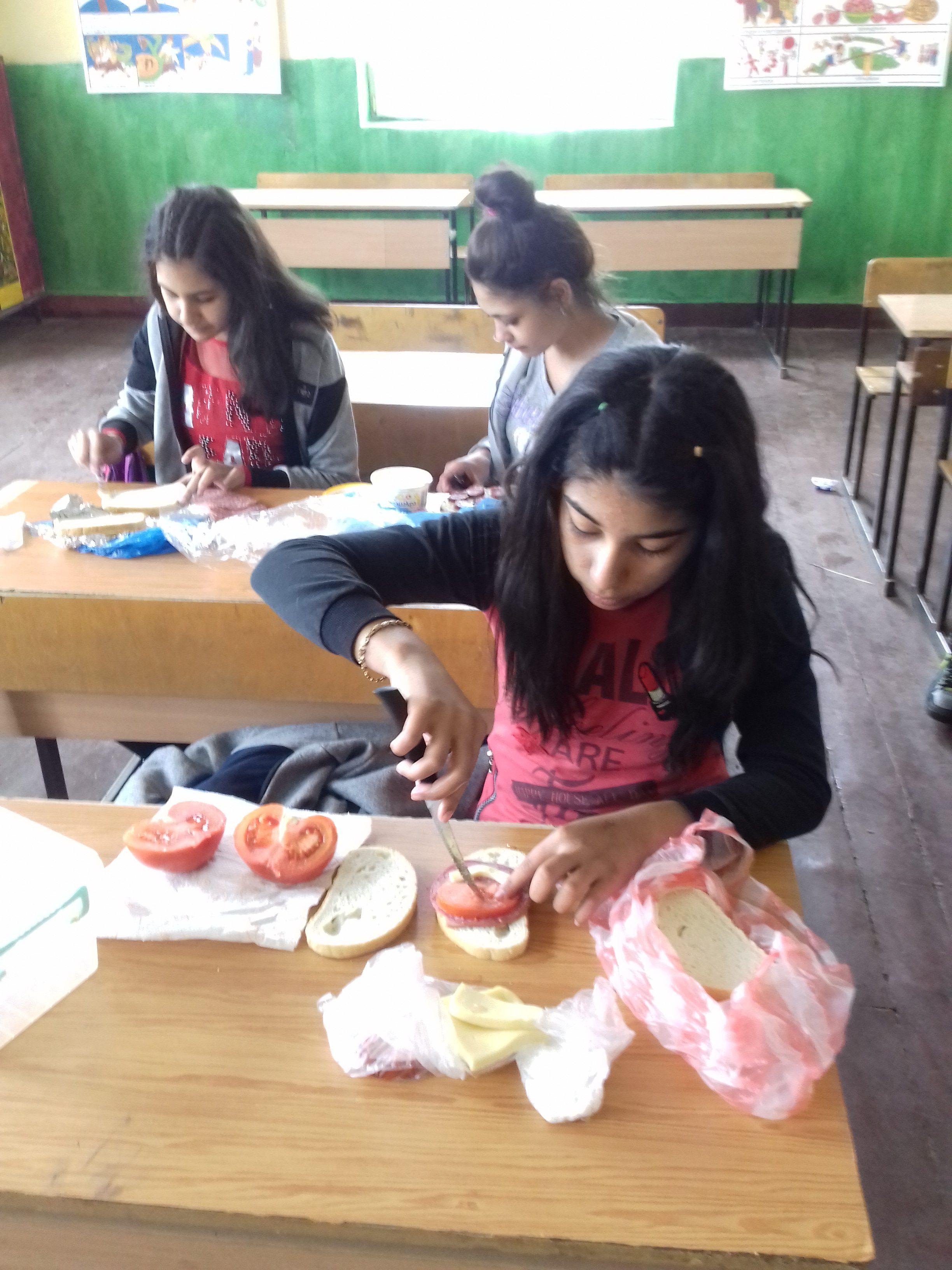 В час по технлогии и предприемачество с г-жа Коцева